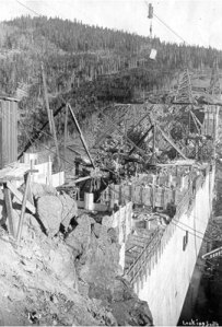 Barker Meadows Dam Construction