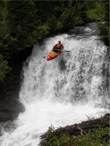 Big Wood Falls photo via American Whitewater (2011)