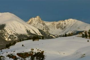 Big snows coated the Gore Range in March 2014. bberwyn photo.