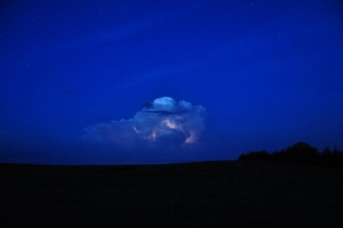 Nighttime thunderstorm PECAN project via NOAA