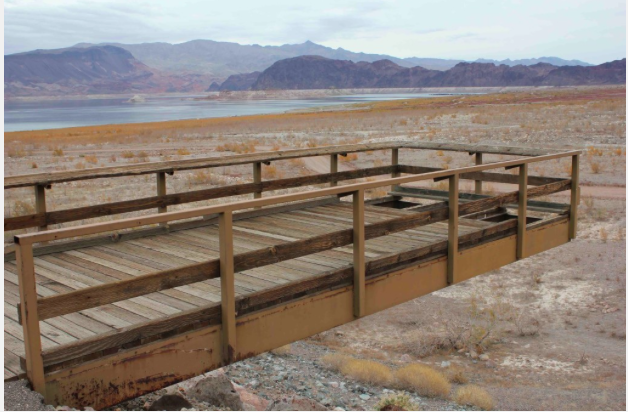 A fishing pier stood distant from the receding waters of Lake Mead in December 2010. Photo/Allen Best - See more at: http://mountaintownnews.net/2015/08/20/letting-water-flow-down-the-yampa-to-lake-powell/#sthash.7tRYDEZj.dpuf