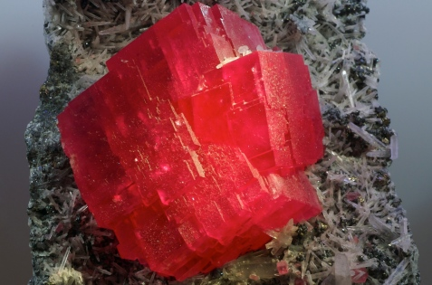 Rhodochrosite from the Sweet Home Mine, Alma, Colorado. From the Halpern Mineral Collection -- Wikipedia Commons