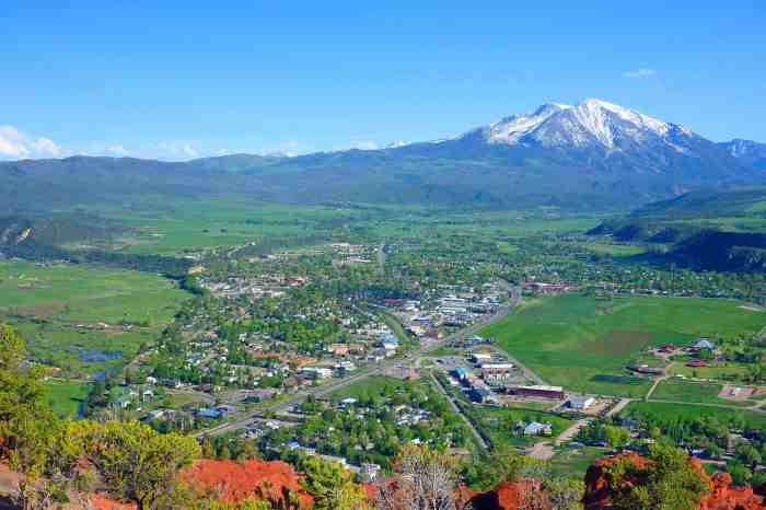 Carbondale is a town of 6,500 people located 30 miles west of Aspen. That's Mt. Sopris, Colorado's loveliest mountain, in the background. Photo source/Wikipedia - See more at: http://mountaintownnews.net/2016/01/15/carbondale-carbon-tax/#sthash.tUbLVIZh.dpuf