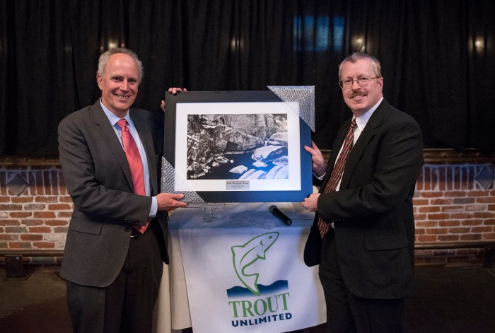 Denver Water CEO Jim Lochhead, left, receives award from CTU executive director David Nickum