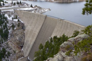 The dam that forms Gross Reservoir, located in the mountains west of Boulder. Photo: Brent Gardner-Smith/Aspen Journalism