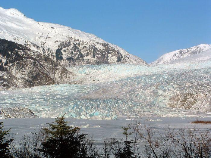 Mendenhall Glacier in winter via Wikimedia Commons.