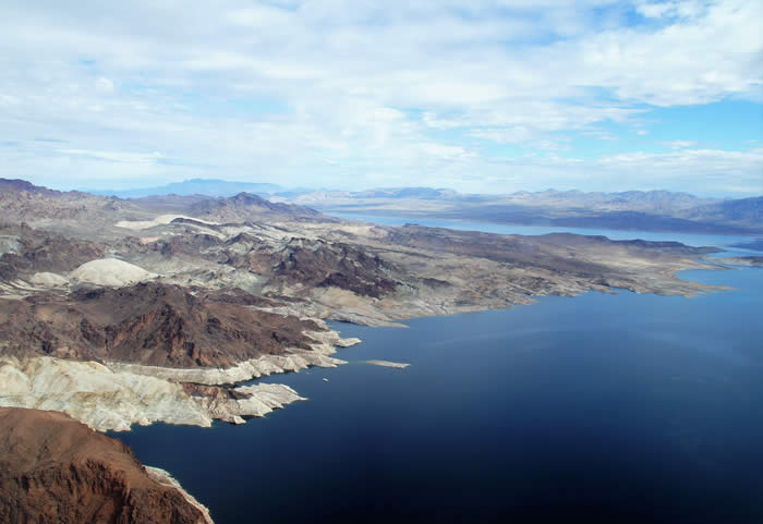 lake-mead-viewed-from-arizona