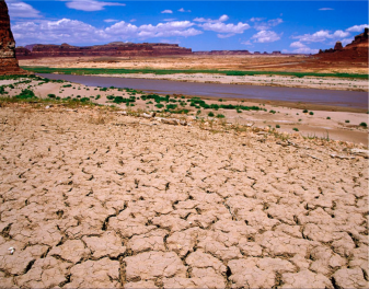 Photo of Lake Powell in extreme drought conditions by Andy Pernick, Bureau of Reclamation, via Flickr creative commons